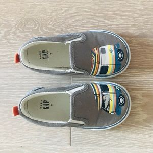 GAP slip on sneakers